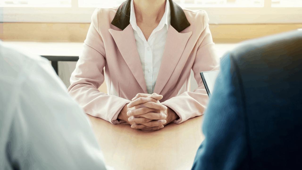 savoir se présenter en deux minutes en entretien d'embauche