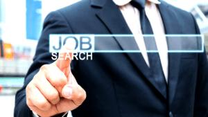 comment rechercher un emploi durant la période estivale?